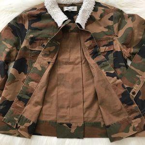 Madewell Jackets & Coats - Madewell Cropped Army Jacket Camo : Sherpa Edition